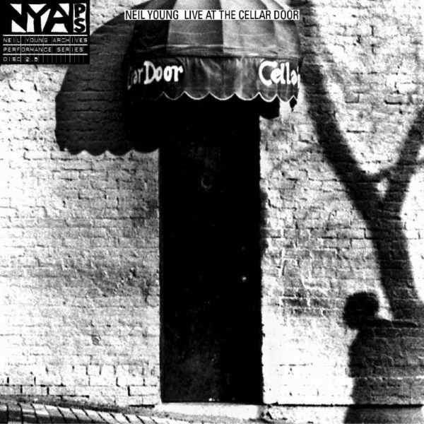 NEIL YOUNG - LIVE AT THE CELLAR DOOR LP