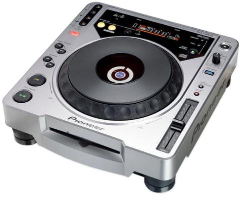 Rental - Pioneer CDJ-800 MK2 (CD Player)