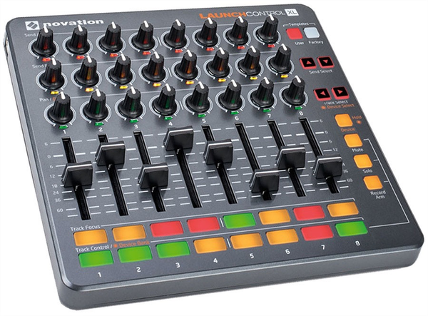 NOVATION - LAUNCH CONTROL XL MIDI CONTROLLER