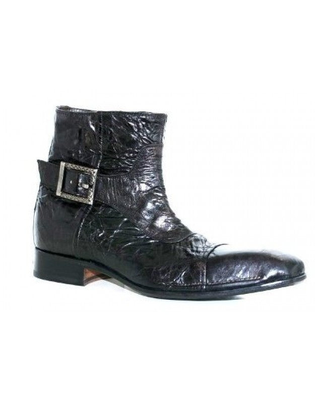 Has Buckle Boot