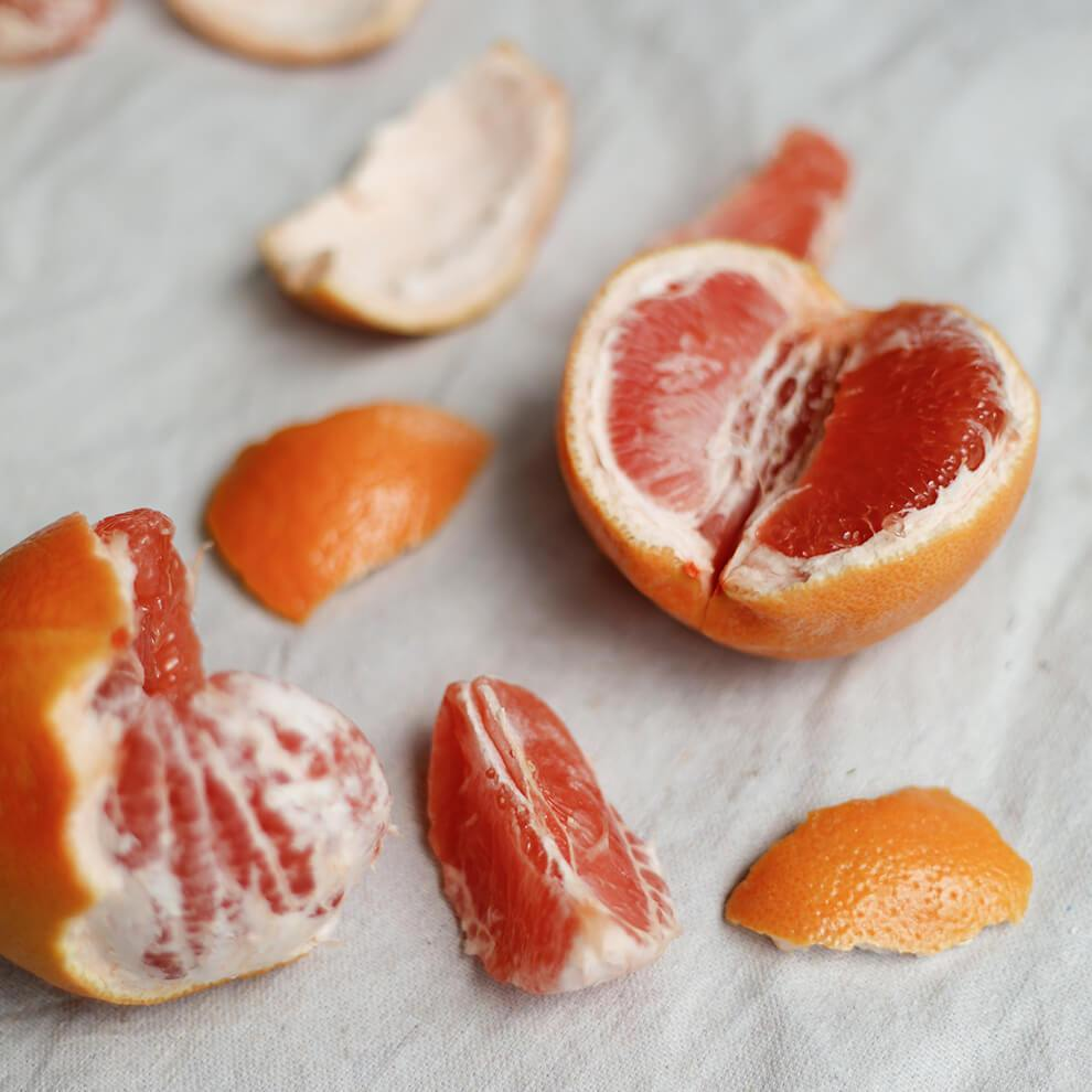 Grapefruit Essential Oil - Vitruvi