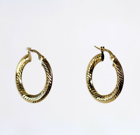 9ct Yellow Gold Patterned Hoop Earrings LJ8079