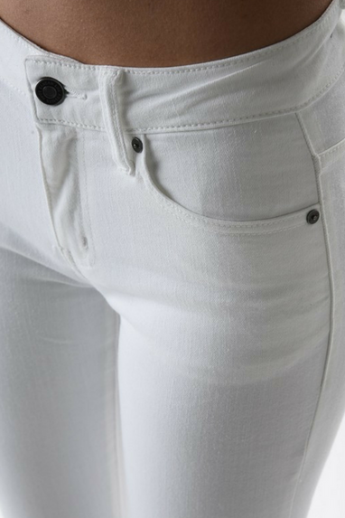 Rae White Skinnies