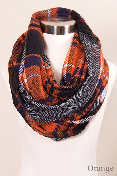 Reversible Checkered Chunky Infinity Scarf