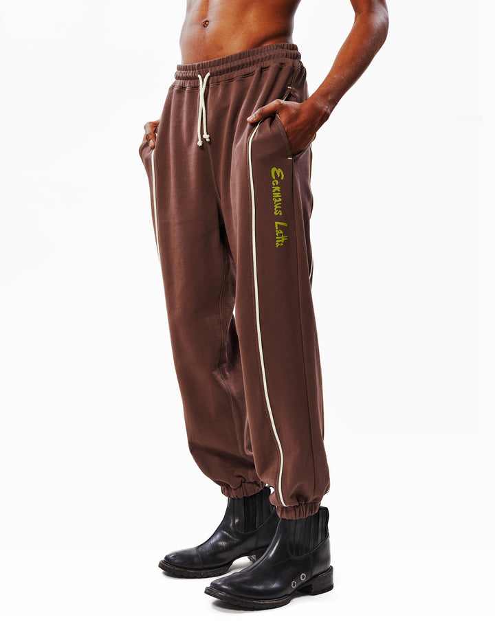 SWEATPANT IN SHOPPING BAG