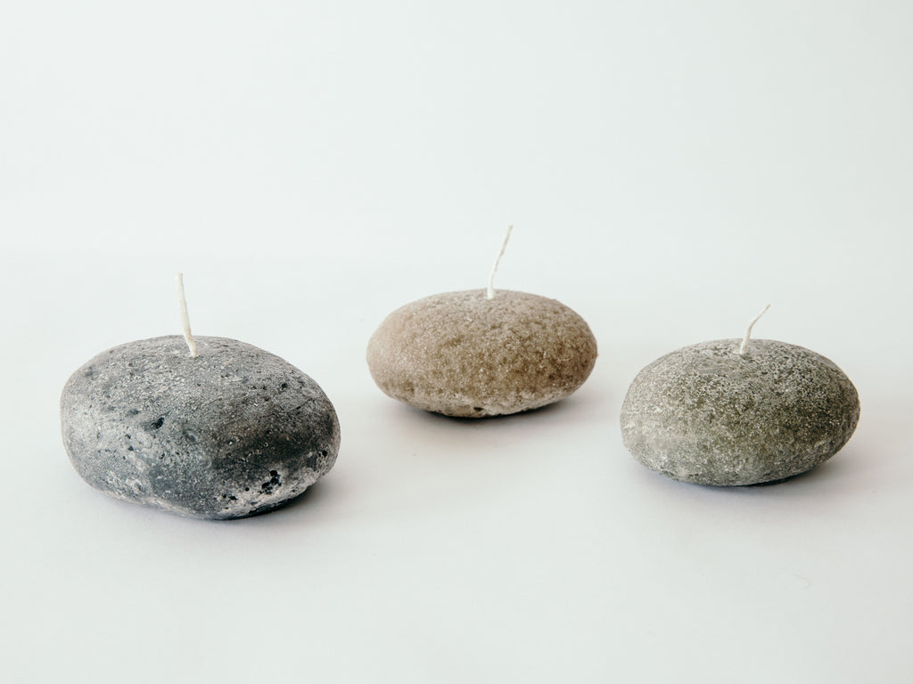 Floating Pebble candles