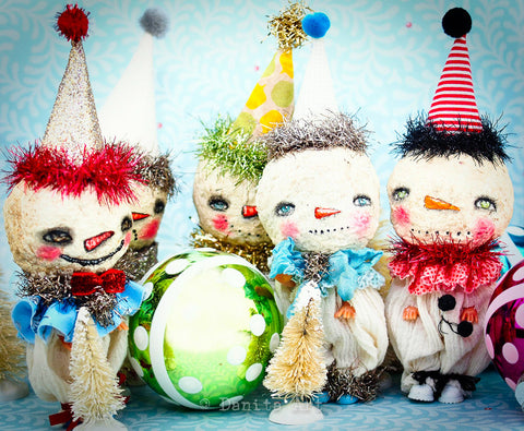 Adorable snowmen art dolls got a transformation under the lens of Danita Art