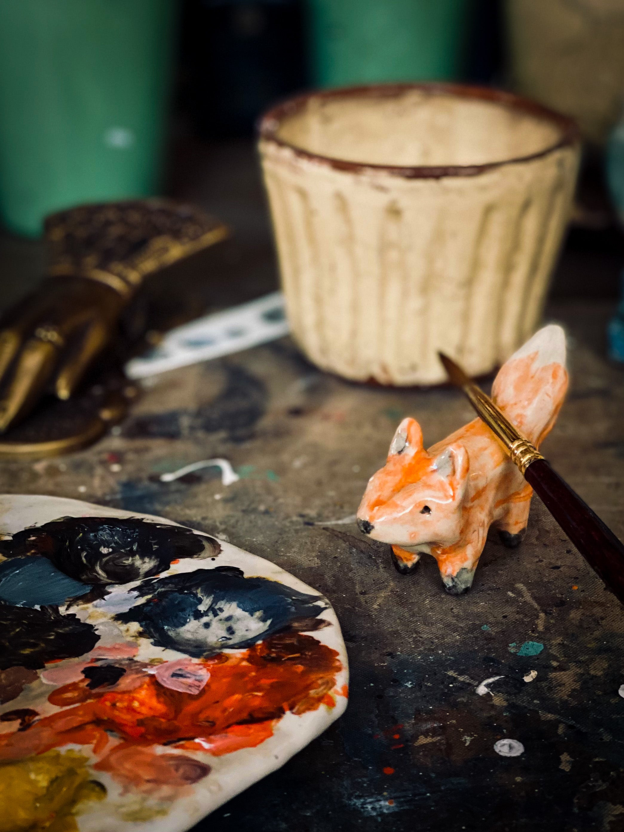 ARTIST'S BRUSH AND PENCIL HOLDER #04 - THE RED FOX