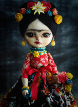 Danita uses the same techniques, trips tutorias and tricks that she uses on her mixed media paintings to create a beautiful art doll with museum quality features.