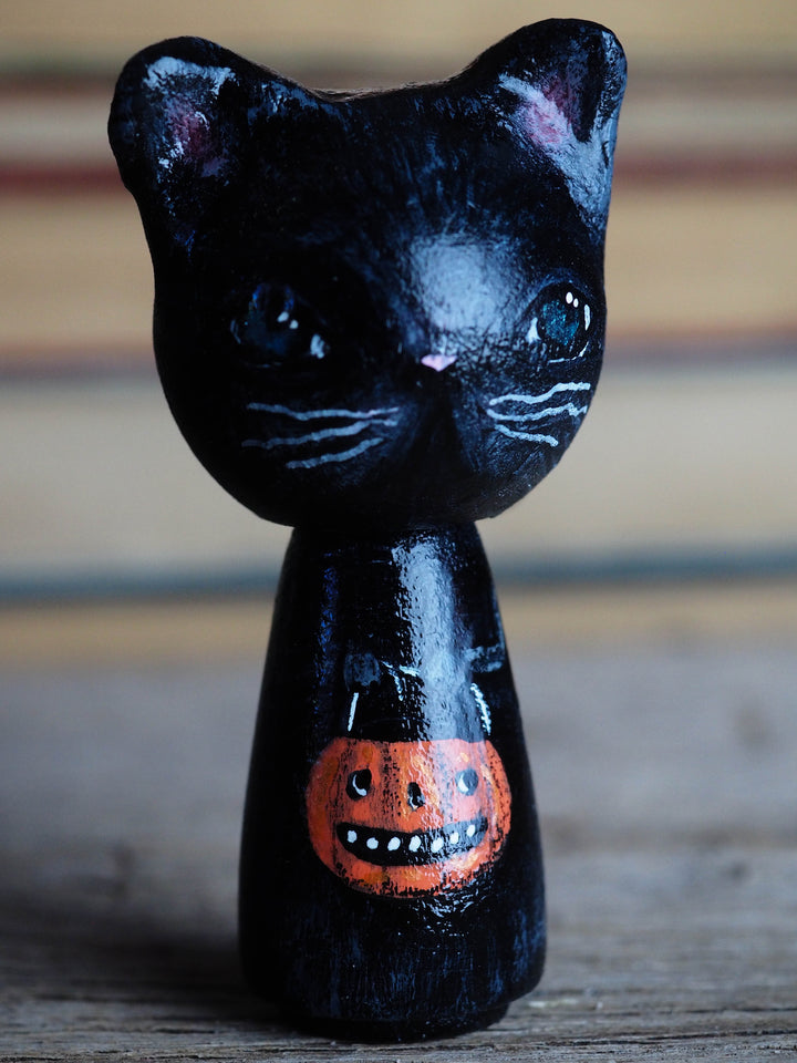 Danita original wooden kokeshi art doll. Home decor Halloween black cat mini figurine, perfect to decorate desks and shelves. Collectible items from Danita!