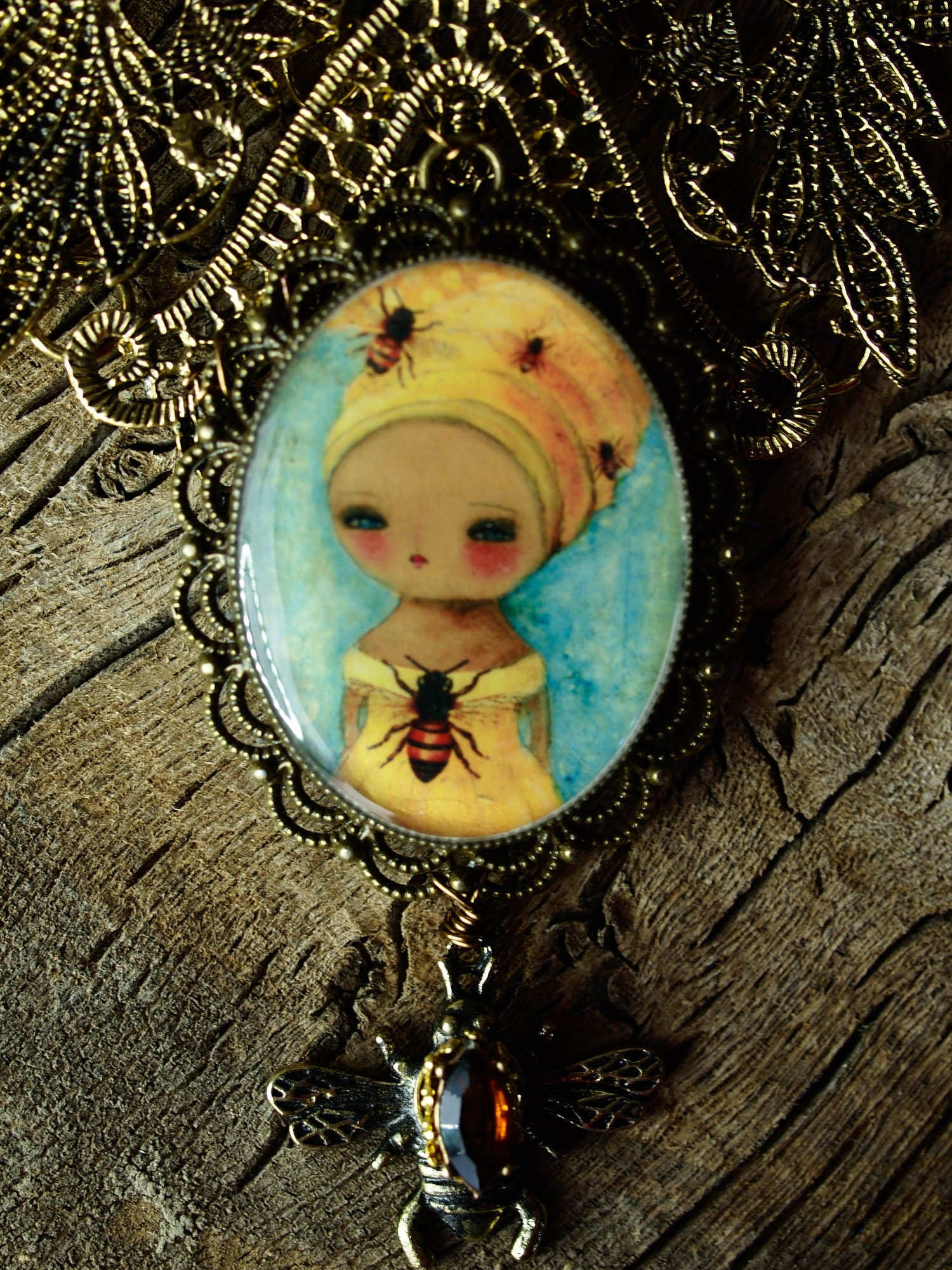 Queen bee, Jewelry by Danita Art
