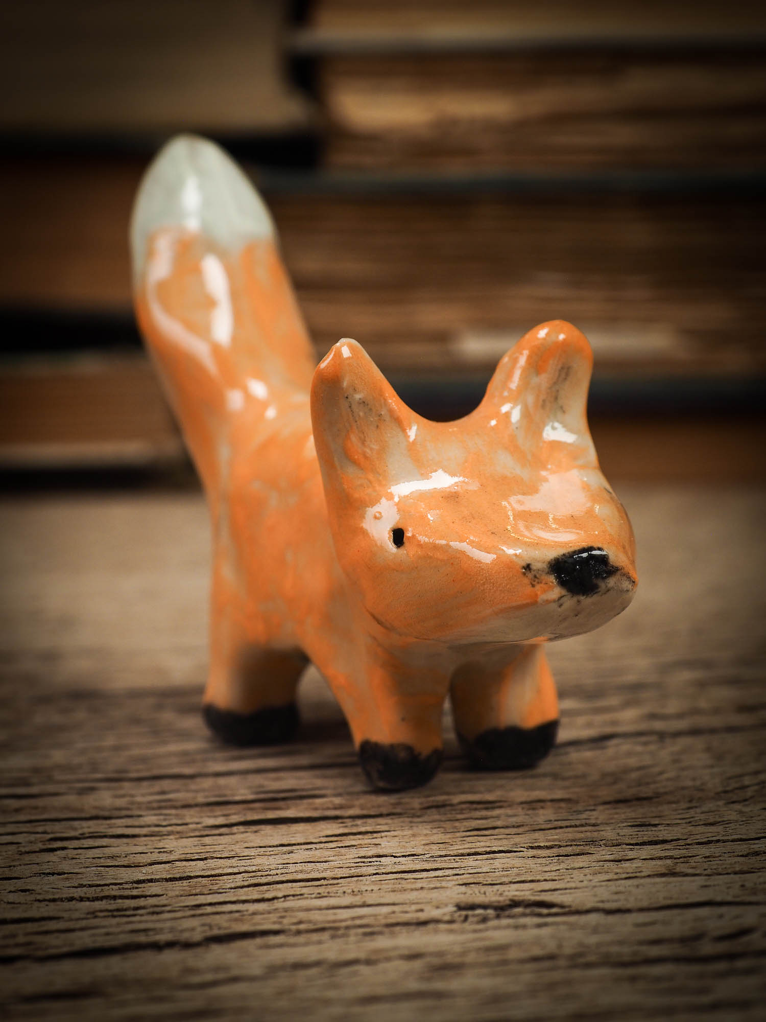 RED FOX #18 - ARTISTS BRUSH AND PENCIL HOLDER