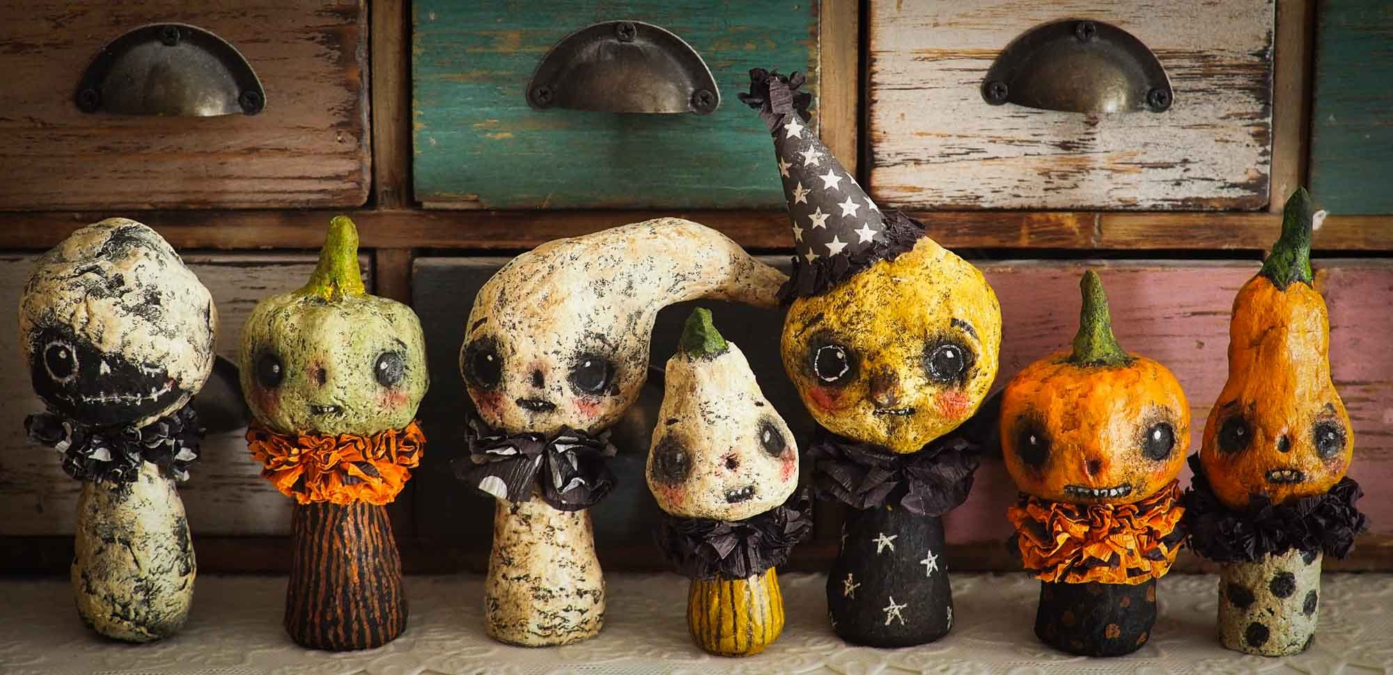 Kokeshi kawaii mini dolls Halloween by Danita Art. Ghosts, Wizards, Witches, Warlocks, Ghouls, pumpkins and jack-o-lanterns created by Danita Art for your Halloween Home decor decorations in handmade crafts art style.