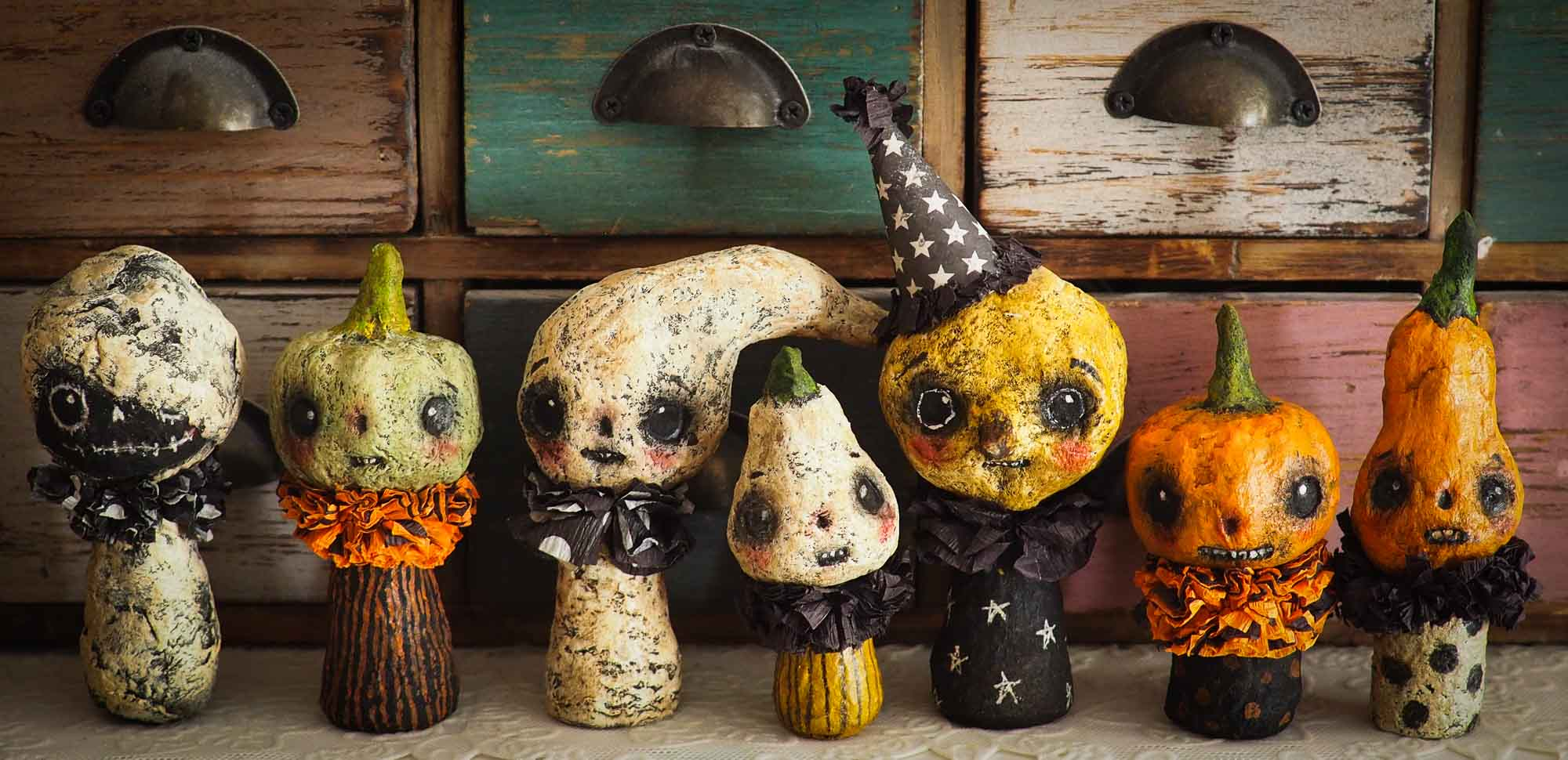 A collection of adorable Danita original kawaii kokeshi miniature dolls. Halloween art! Danita made ghosts, jack-o-lanterns, pumpkins, witches and more.