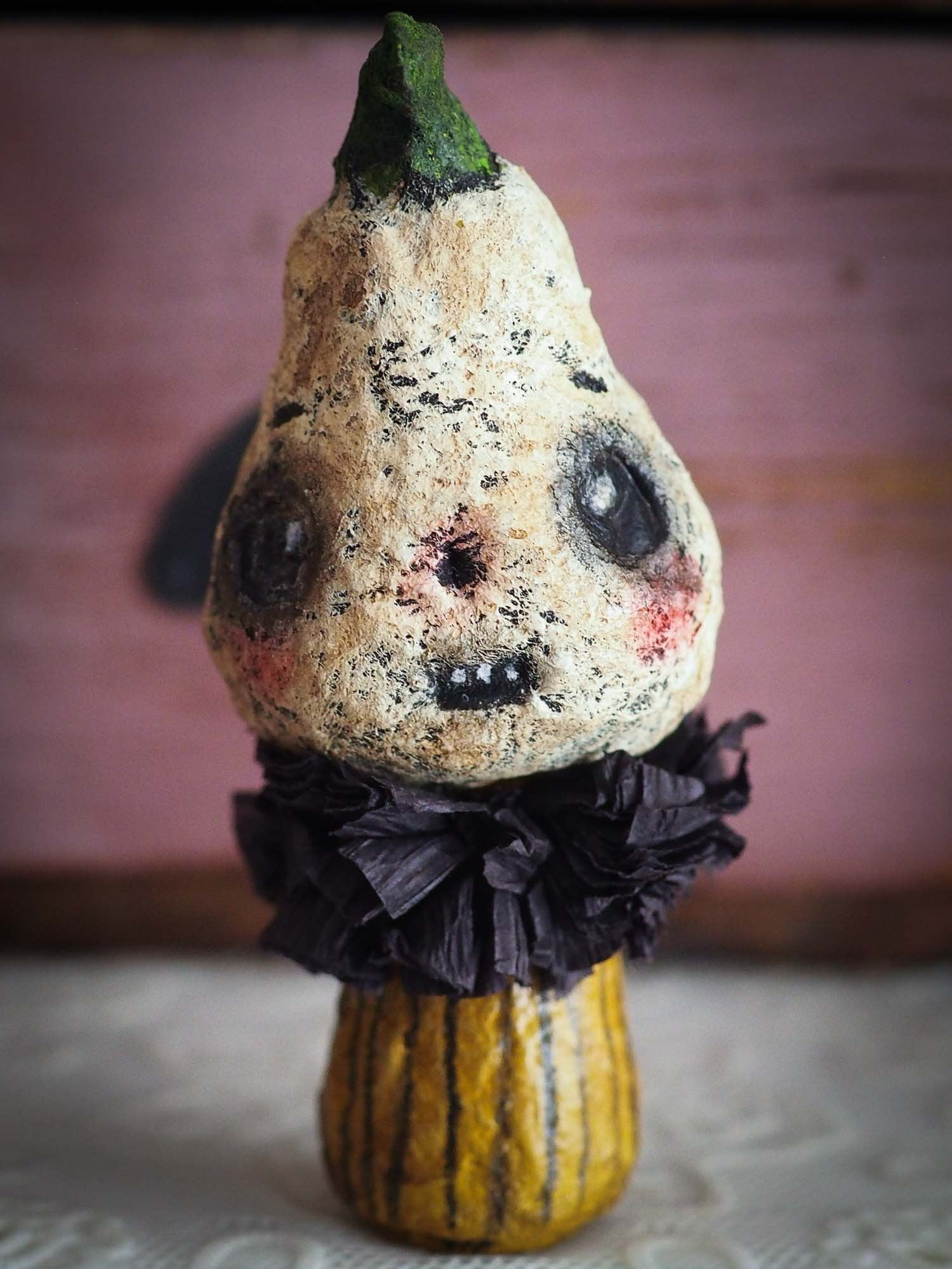 Adorable Kawaii Halloween Kokeshi mini art doll by Danita. Perfect decoration in organic spun cotton can be used as Halloween decoration for you perfect home decor.