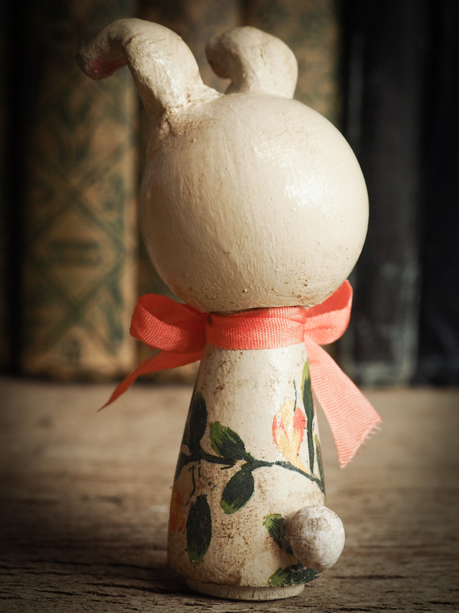 EASTER BUNNY KOKESHI DOLL: CLOUDYHOP