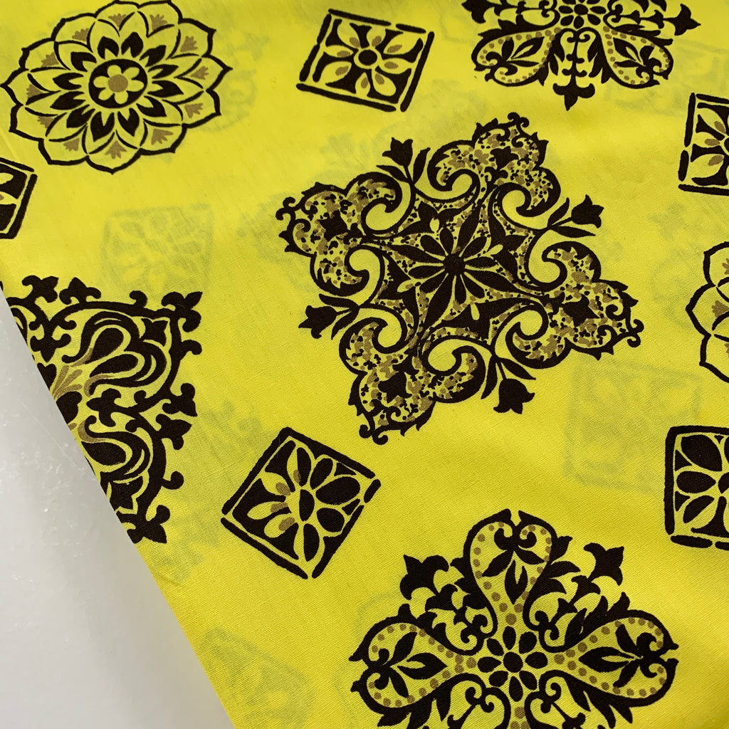 LESS THAN 2m LEFT: 1980s? Bright yellow cotton with abstract retro motifs FQ+