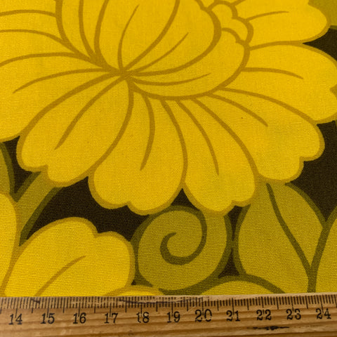 Sublime yellow on brown 70s early 80s Shanghai drapery cotton FQ+