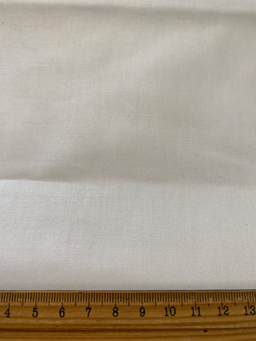 LESS THAN 2m LEFT: Actil MCM mid-century super thick white cotton sheeting FQ+