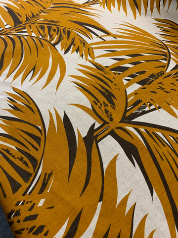 4m LEFT: Large scale brown fern on unbleached cotton 1970s 80s upholstery heavy drapery FQ+