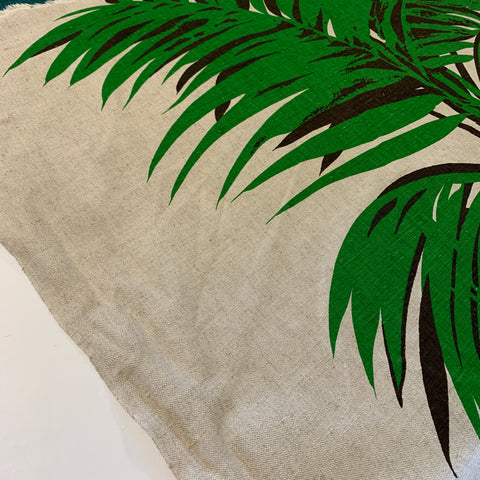 2.5m LEFT: Large scale green fern on unbleached cotton 1970s 80s upholstery heavy drapery FQ+