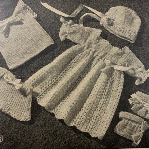 1950s Patons No 252 knitting novelty items bags coat hangers afghan blankets toys etc