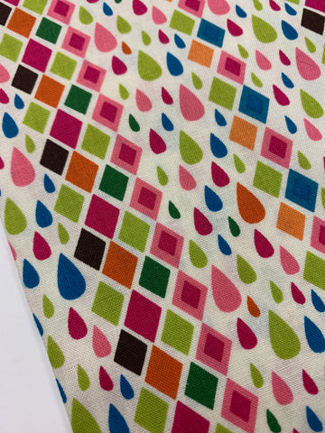 1/2m LEFT: Modern AMF quilt cotton with bright drops and diamonds