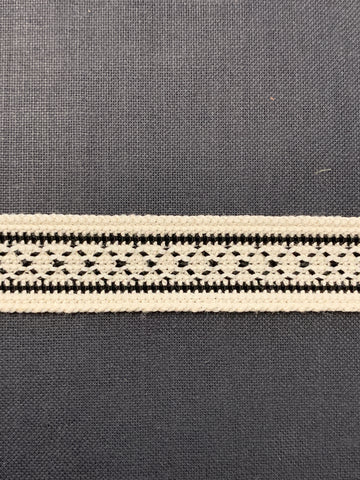 4m LEFT: 1960s woven black and white trim 1.5cm high