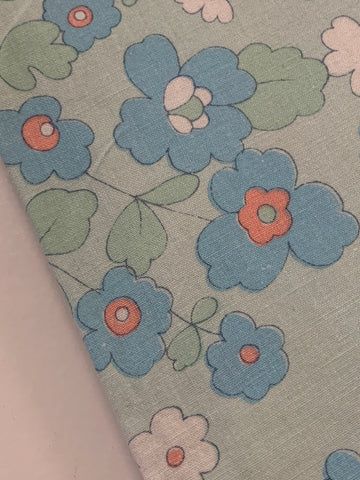 LAST PIECE: Vintage 1970s retro blues green flowers cotton sheeting