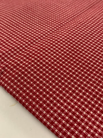 2m LEFT: Modern quilt cottton with tiny printed red check on white