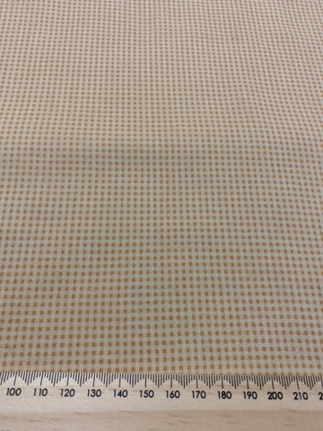1.5m LEFT: Modern quilt cotton with teeny tiny squares