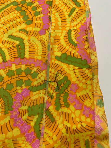 1/2m LEFT: Magnificent 1960s retro trippy floral silk