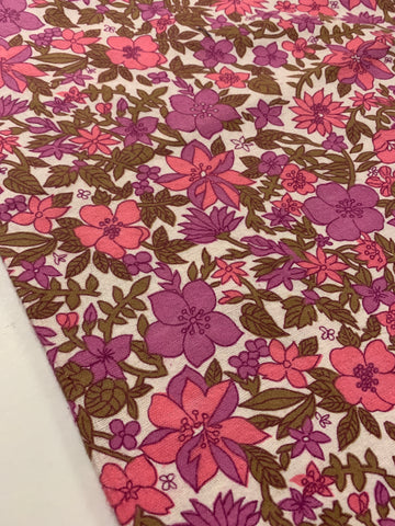 LESS THAN 1m LEFT: 1960s flower power flannelette large fat quarter 70cm x 84cm