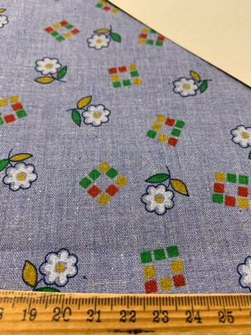 2.5m LEFT: Vintage? Modern? Chambray cotton with retro flowers and squares