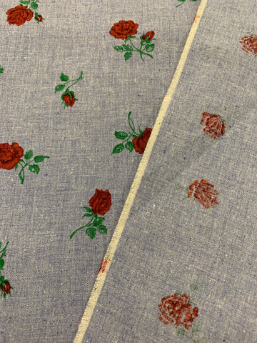 1.5m LEFT: Vintage? Modern? Chambray cotton with red roses