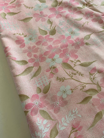 2.5m LEFT: Pretty mottled pink spot and floral cotton sheeting 80?