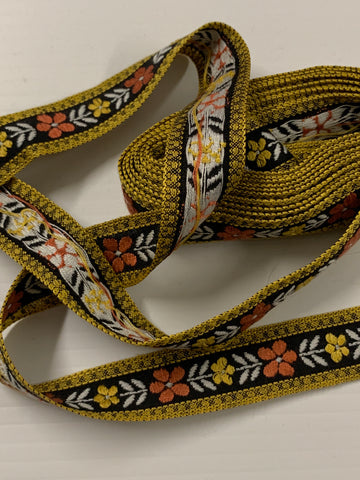 1m LEFT: pure retro vintage 1960s 70s peach yellow flowers woven cotton trim