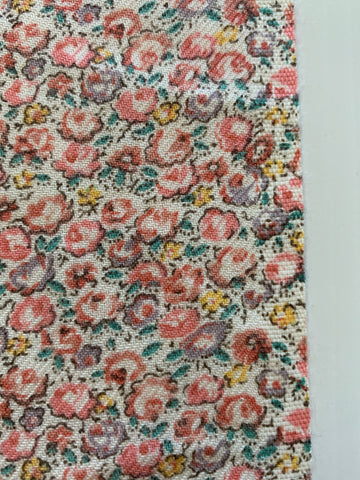 1/2m LEFT: Vintage 1980s soft cotton blend twill w/ pastel floral