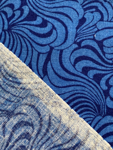 MODERN REMNANT: quilting cotton retro blue swirls 54cm x 44cm