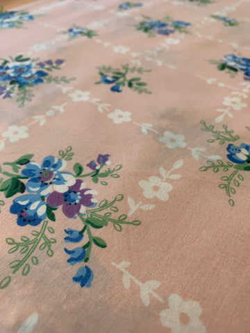 LESS THAN 1.5m LEFT: Modern meets vintage 1950s Lazybones cotton sheeting
