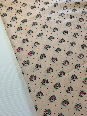 3m LEFT: Vintage 1980s light weight cotton lawn w/ peachy pink base small flowers