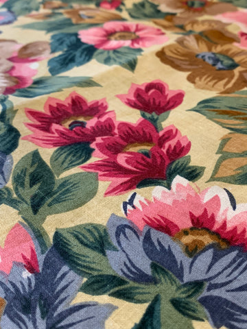 1.5m LEFT: 200cm wide cotton quilt backing with Jacobean style floral