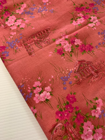 3m LEFT: Vintage 1970s lightly brushed pink cotton w/ old buildings flowers