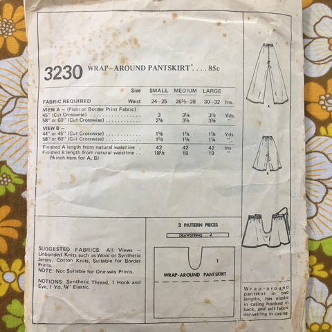 PANT-SKIRT: Fabulous wrap-around pant-skirt 1971 size small *3230