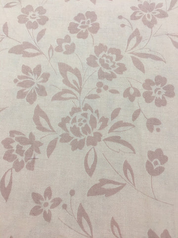 1/2m LEFT: Modern Lecien quilt cotton with muted pink floral FQ+