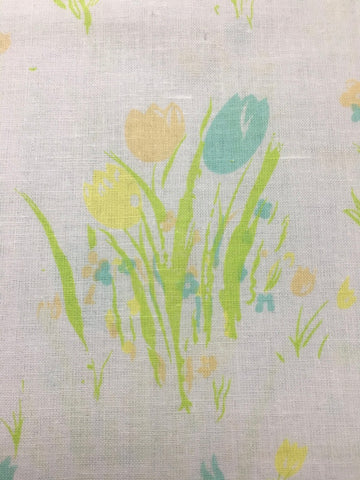 1m+ LEFT: 1980s pastel tulips on white cotton sheeting FQ+