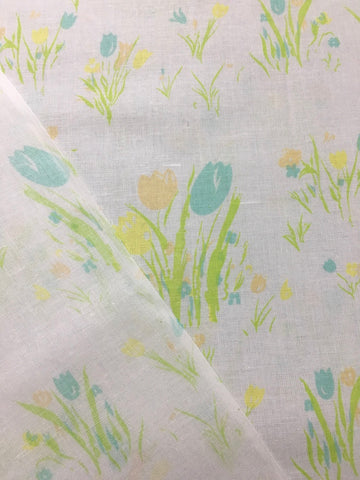 1980s pastel tulips on white cotton sheeting FQ+