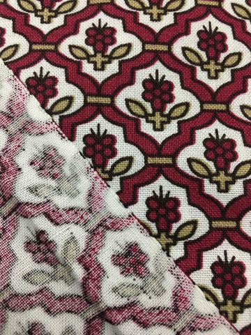 1.5m LEFT: Modern quilting cotton flower in tiny cameo FQ+