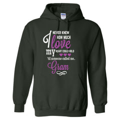 I NEVER KNEW HOW MUCH LOVE MY HEART COULD HOLD TIL SOMEONE CALLED ME GRAM purple print - Adult Hoodie