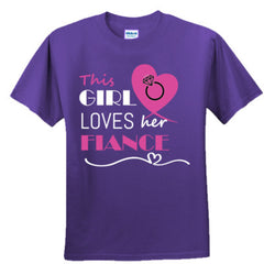 This girl loves her fiance - pink - Boys TShirt